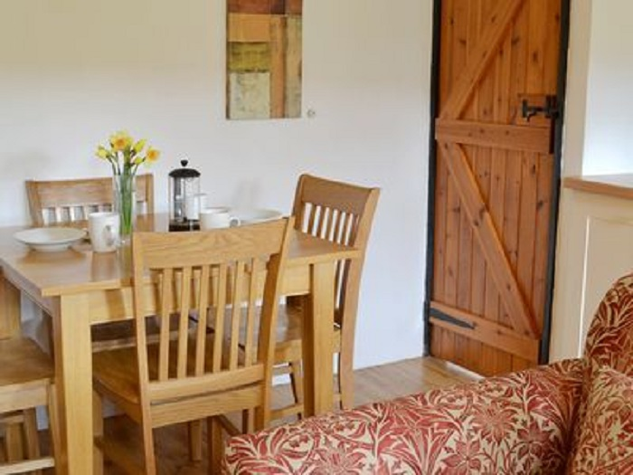 Kingfisher Cottage Dining Table at Robin Hill Farm Cottages